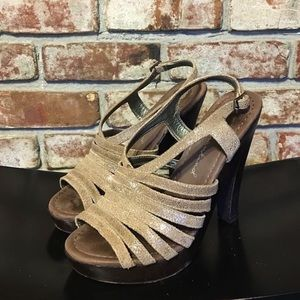 7 for all Mankind Heels Sz 8